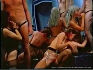 videorolik-o-seksualnih-utehah-limonova
